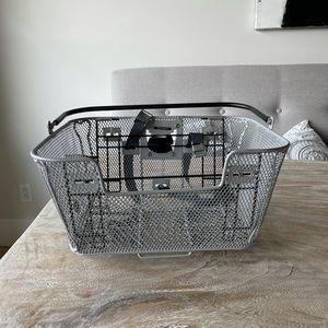 Dog bike carrier basket. Front or back